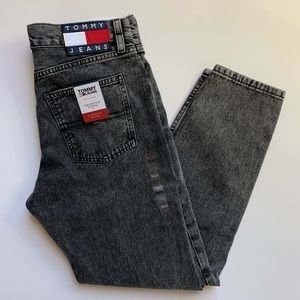 Tommy Hilfiger Izzy High Rise Cropped Mom Jeans